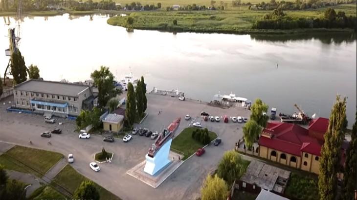 Морской порт города Азов с фотографиями